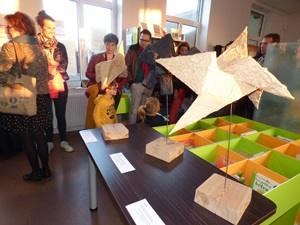vernissage sculptures papier
